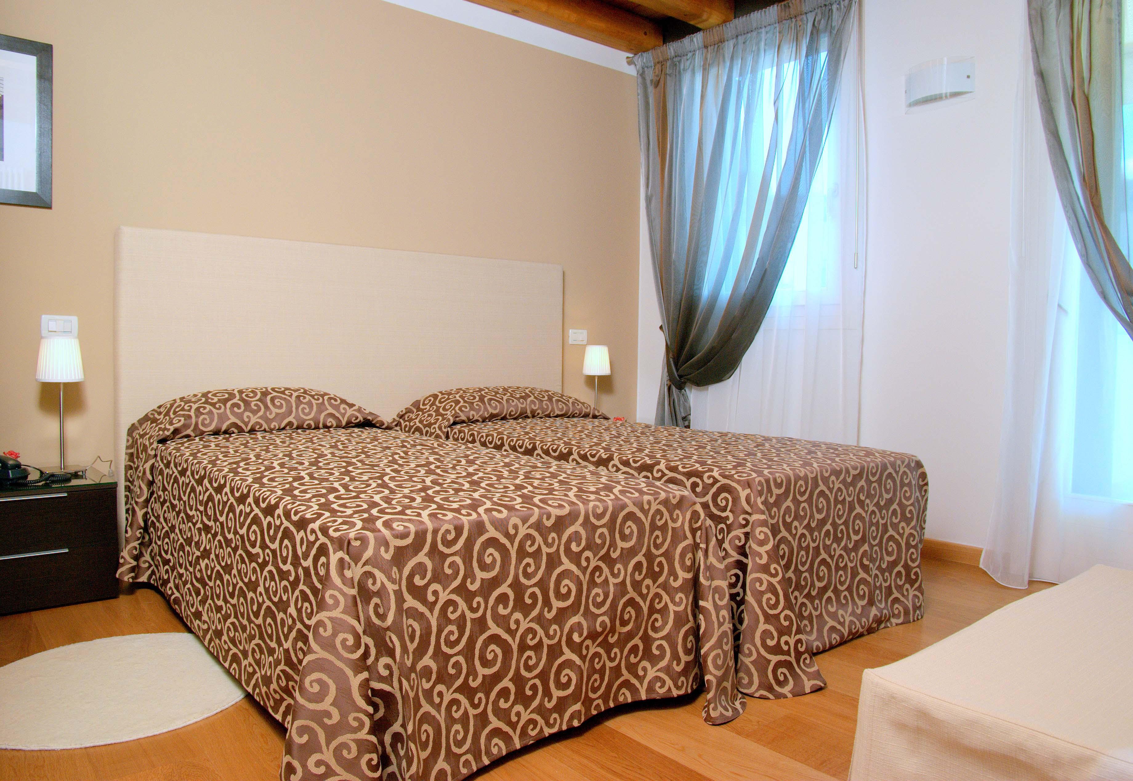 Hotel Rovere Viale G. G. Felissent, 13 Treviso